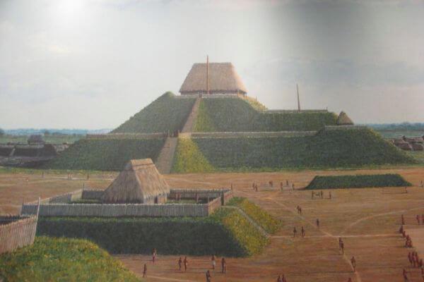 quién construyó el túmulo del monje
